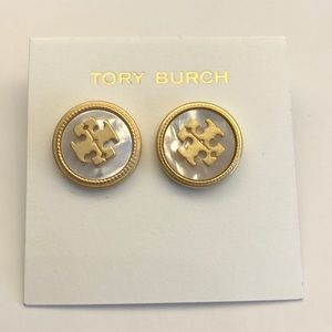 New💕Tory Burch studs